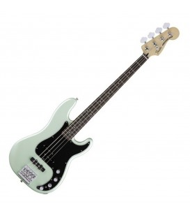FENDER BAJO ACTIVO DELUX P BASS SURFPEAR